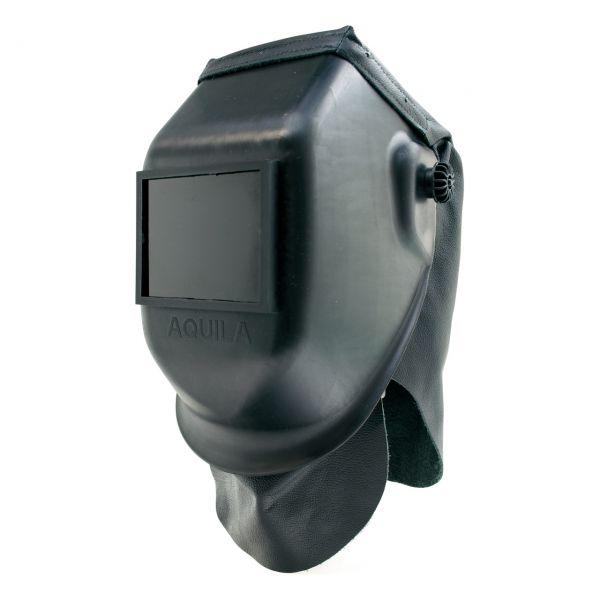 BLACK AQUILA mit Kopfschutz und Brustlatz