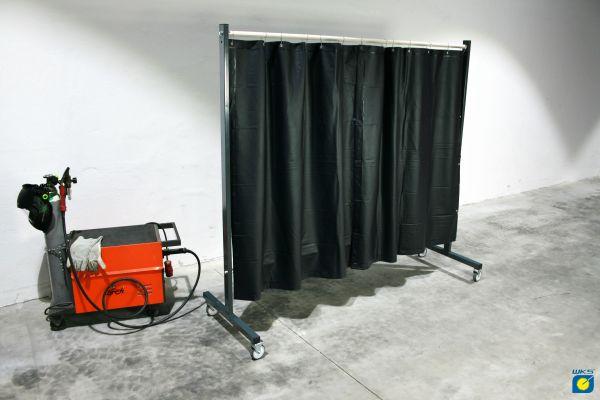 SST3 Schutzwand, 2 x 2,15m, fahrbar, Baumwollvorhang, olivgrün
