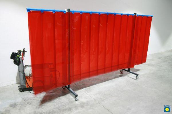 SST6 Schutzwand mit Schwenkarm, 2 x 3,9 m, Lamellen 300 x 2 x 1600 mm, rot R4