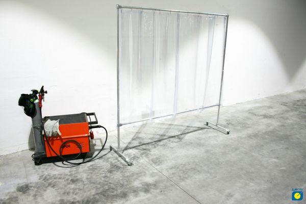 Schutzwand mit Alugestell, 4 Rollen, PVC Vorhang klar, 2,10 x 2,10 m