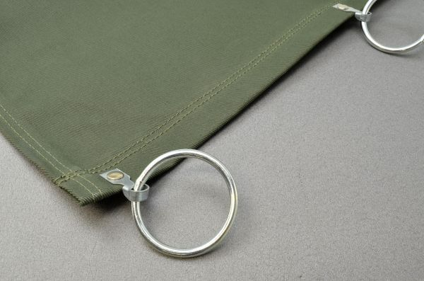 Schweißervorhang aus Baumwollgewebe, alle 30 cm mit angenieteten Ringen, Ø 50 mm