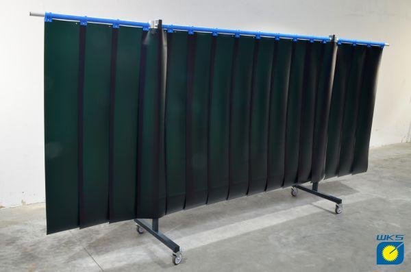 SST6 Schutzwand mit Schwenkarm, 2 x 3,9 m, Lamellen 300 x 2 x 1600 mm, grün R9